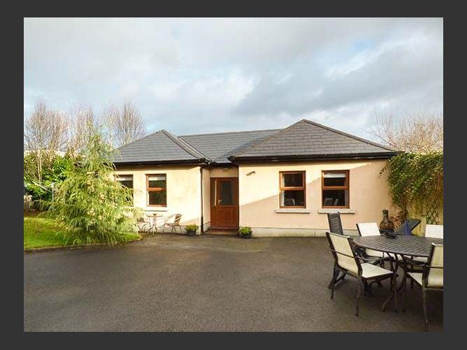 Main image for 5 Kilnamanagh Manor, DUNDRUM, COUNTY TIPPERARY, Rep. of Ireland