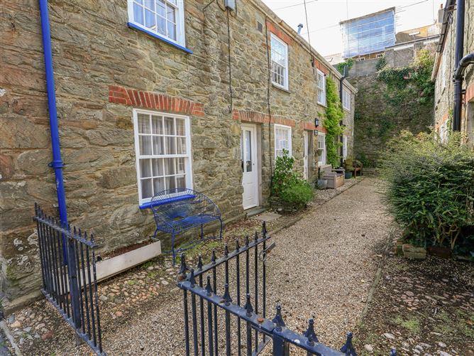 Main image for Blueboat Cottage, SALCOMBE, United Kingdom