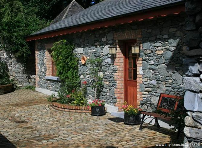 Main image for Teach Mor,Muckross Road, Killarney,  Kerry, Ireland