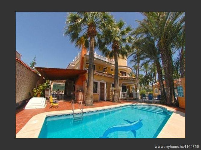 03185, Torrevieja, Spain
