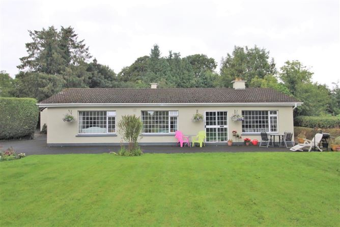 Main image for Carnalway, Kilcullen, Kildare