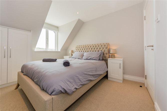 Main image for Winward, Kinsale, Riverside Property sleeps 16 guests,Ballywilliam Lane