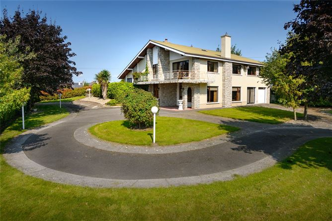 Main image for Roncalli,Clara Road,Tullamore,Co Offaly,R35N621