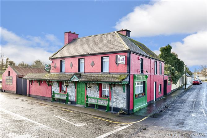 Photo of (LOT NO. 14) Finn's Pub, Aughrim, Galway