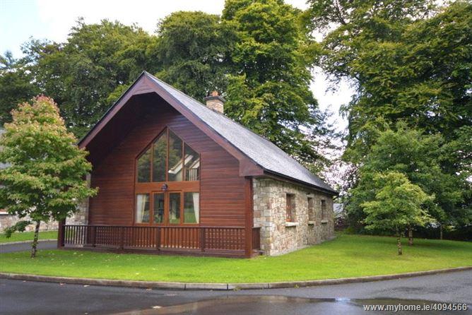 12 The Woodlands, Mount Falcon, Ballina, Co Mayo, F26 P5N0