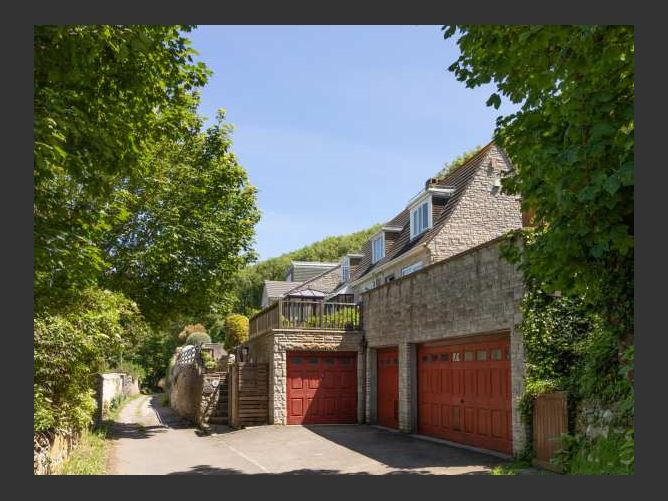 Main image for Pitt Hayes Cottage, Fortuneswell, United Kingdom