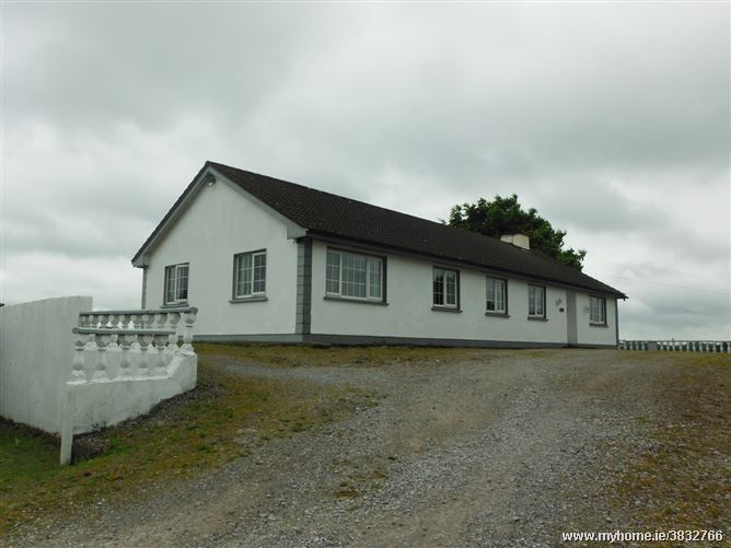Hillview, Newpark, Castlepollard, Westmeath