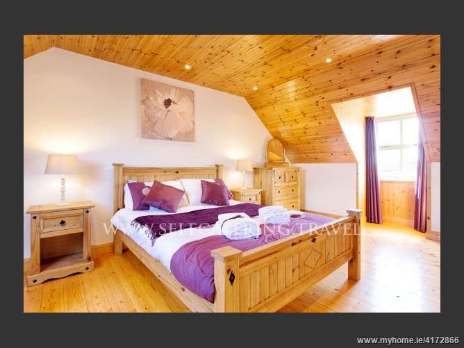 Main image for Cooragurteen Stone Cottage,CooragurteenSchull RoadBallydehobCounty Cork