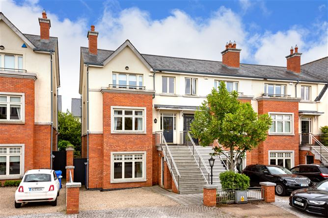 Main image for 3 Farmleigh Close, Castleknock, Dublin 15