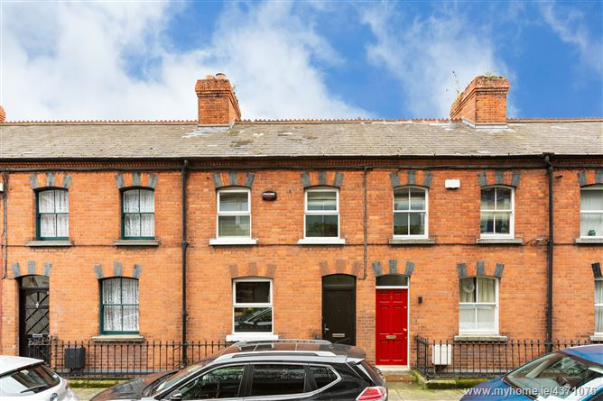 Main image for 8 Chaworth Terrace, Hanbury Lane, South City Centre, Dublin 8