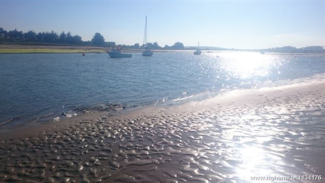 Photo of Beach, golf, sailing, close to city, Dublin