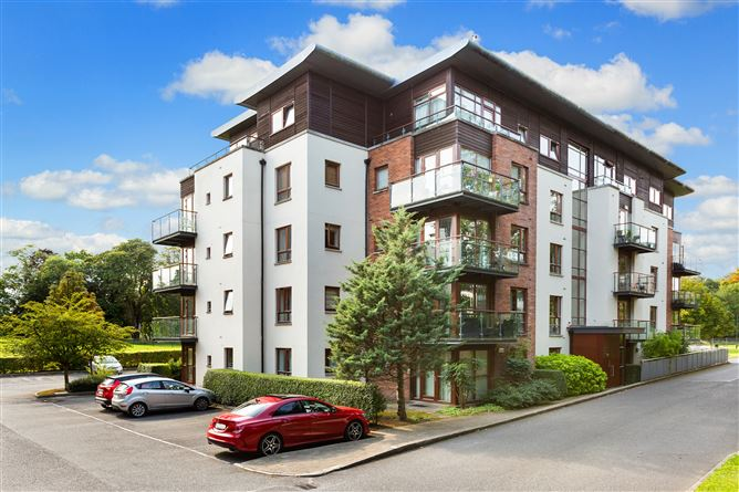 Apt 13 Temple Lawns, Santry,   Dublin 9