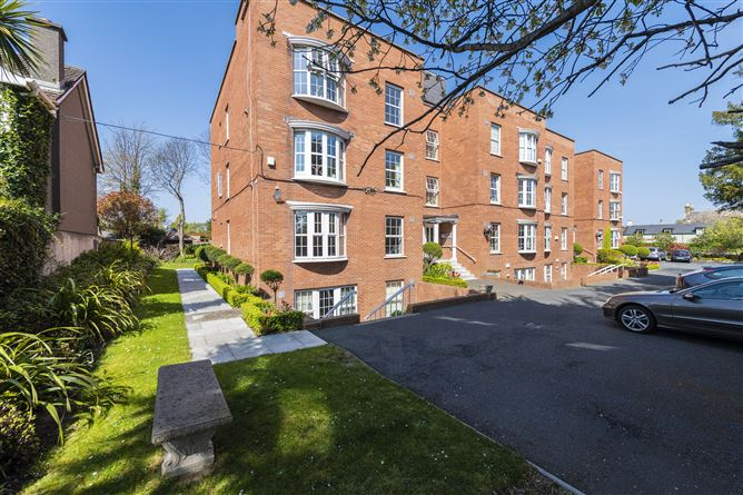 Main image for 1 Verona, Queens Park, Monkstown, County Dublin