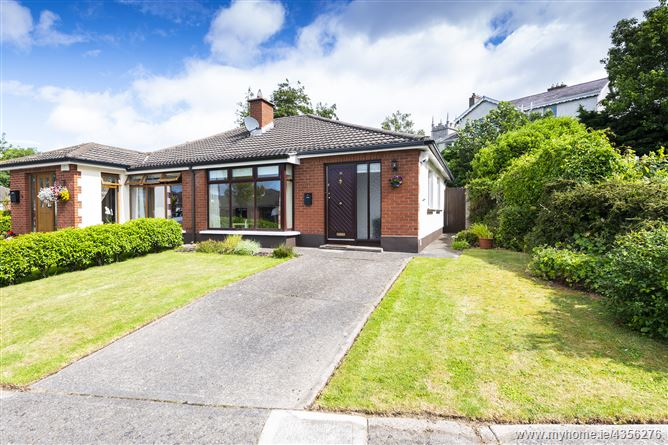 Main image for 18 Denville Court, Killiney, County Dublin