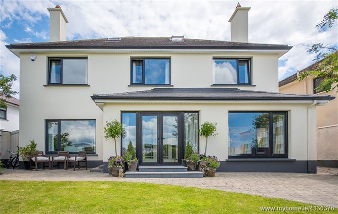 3 Blakes Hill, Gentian Hill, Salthill,   Galway City