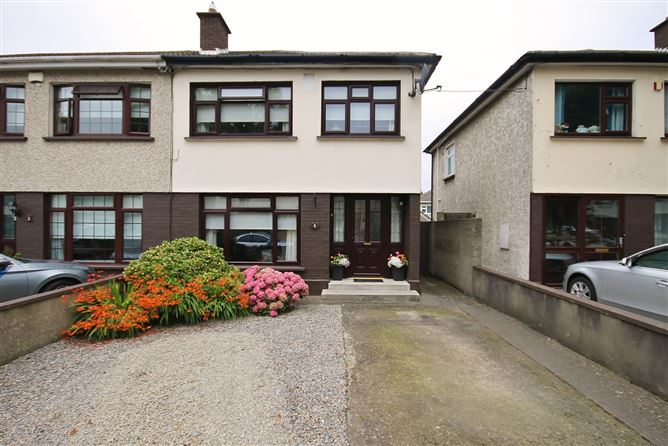 Main image for 4 Ashfield Park, Kingswood, Dublin 24