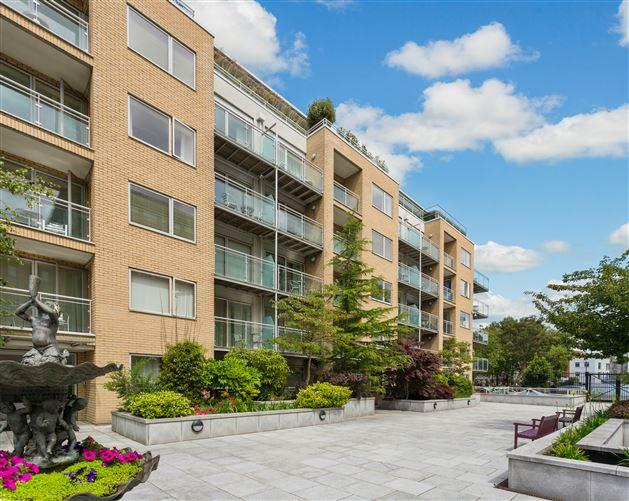Main image for Apartment 28, Alexander Walk, Adelaide Square, South City Centre, Dublin 8