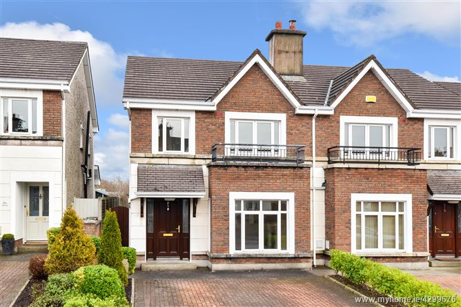 218 Ros Caoin, Roscam, Galway