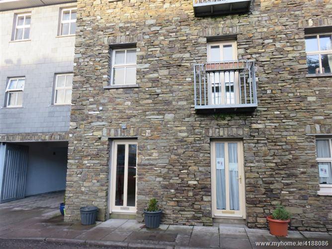 10 Long Quay, Clonakilty,   West Cork