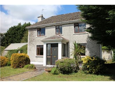 Sragh House, Srah Road, Tullamore, Offaly