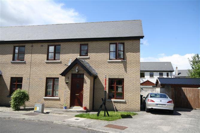 Main image for 19 The Square, Cnoc Na Greine, Kilcullen, Kildare