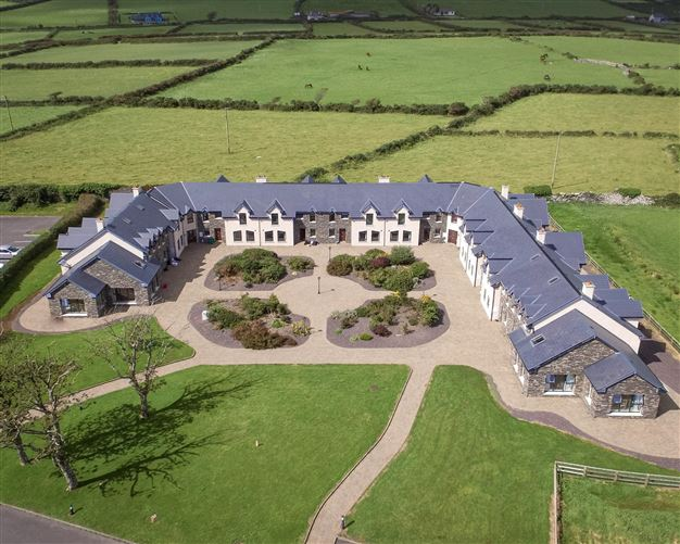 Main image for  4 Dingle Manor,