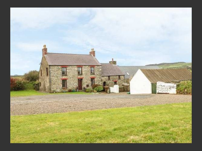 Main image for Gwryd Bach Farmhouse, ST DAVIDS, Wales