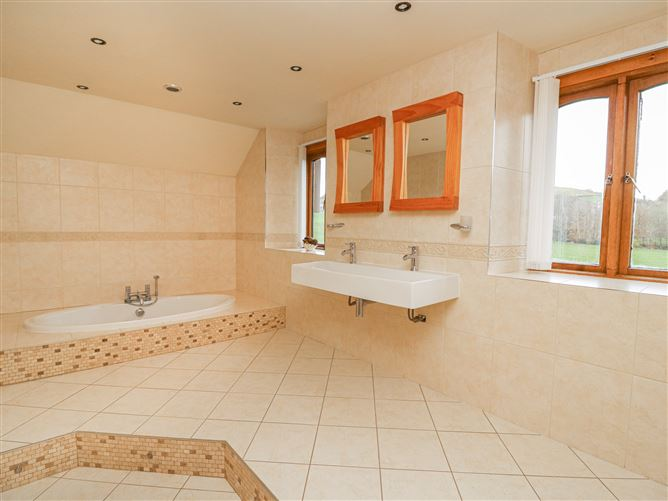 Main image for Yr Hen Ty Coets,Talybont, Ceredigion, Wales