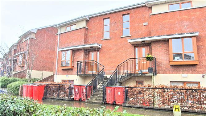 Main image for 27 Fernleigh Crescent, Castleknock,   Dublin 15
