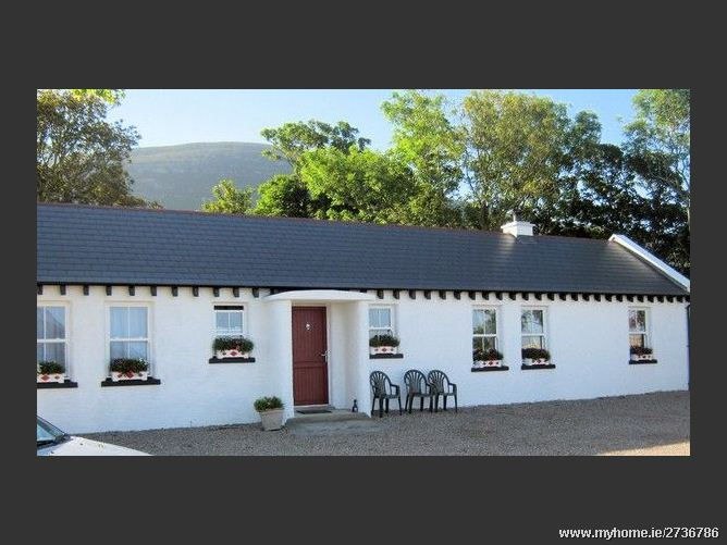 Main image for Mia's Cottage, Clonmany, Malin Head  Co Donegal, Donegal