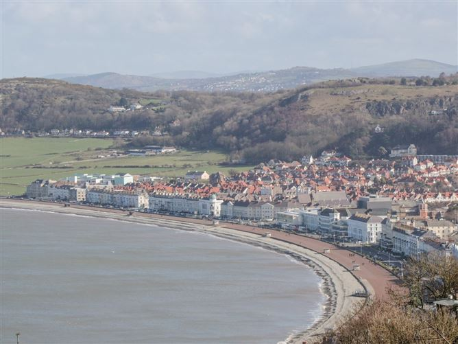 Main image for 10 The Orchard,Rhos-on-sea, Conwy, Wales