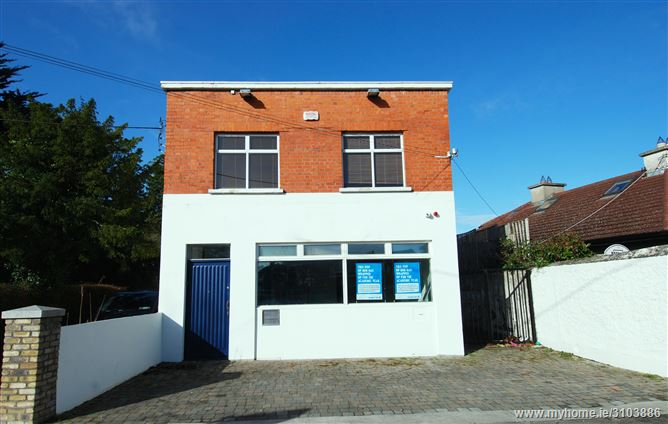 Bank House, Roebuck Road, Clonskeagh,   Dublin 14