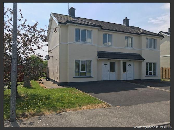 38 Woodstream, Castlerea, Roscommon