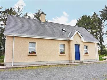 Photo of Reilly's Cottage (ref W31161), Swanlinbar, Co. Cavan
