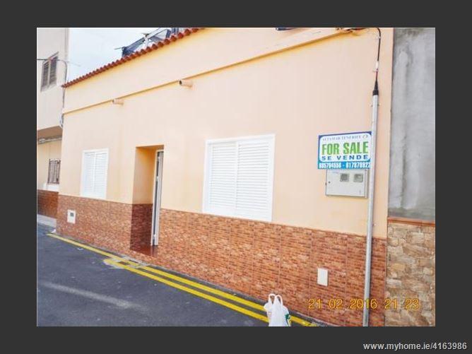 Calle, 38660, Adeje, Spain
