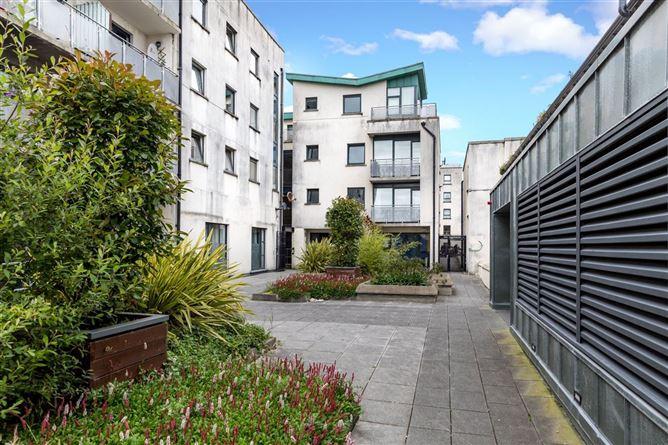 Main image for Apartment 10 Linnen Hall, Balbriggan, County Dublin