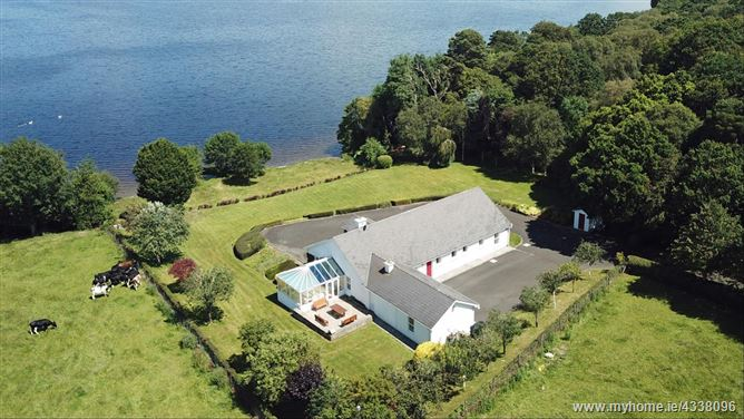 Garrykennedy Cottage