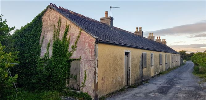 Cottages at Tawlaught, Fenit, Tralee, Co. Kerry