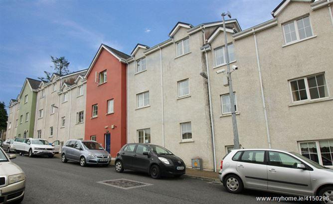 10 Dillon Court, Manorhamilton, Leitrim