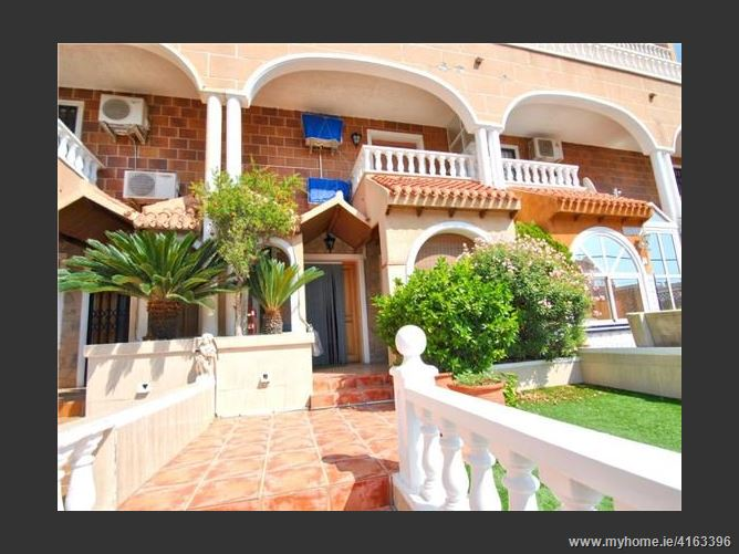 Calle, 03185, Torrevieja, Spain