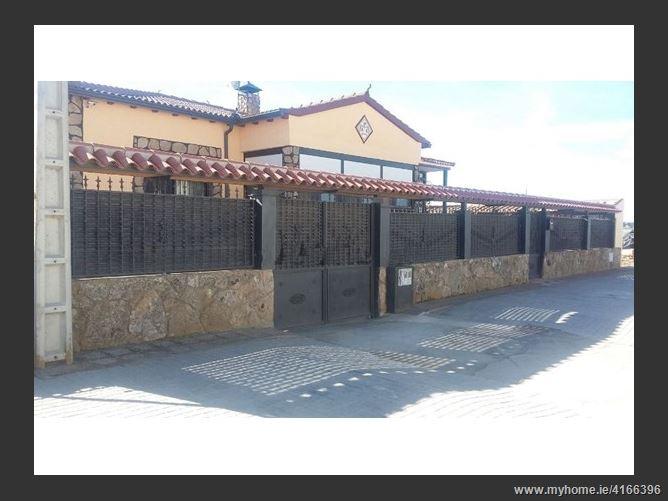 calle San Vicente, 31, nava de arévalo, Spain