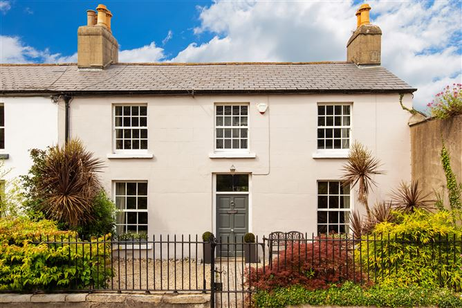 Main image for 6 Willow Place, Booterstown Avenue, Blackrock, Co. Dublin