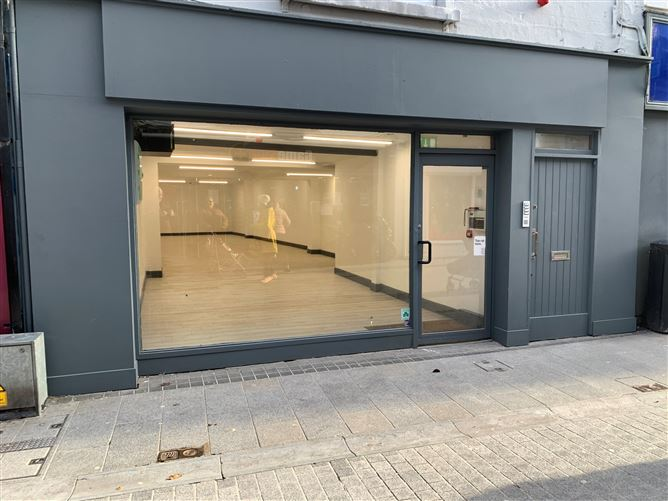 Main image for Prime Retail Unit at 7 South Main Street, Wexford Town, Wexford