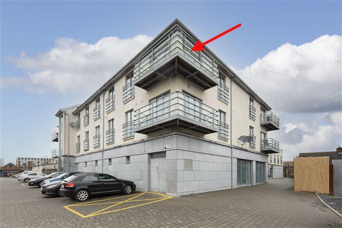 Main image for Apartment 6, Coach Horse Lane, Midleton, Cork