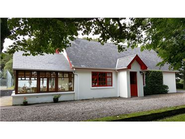 Photo of Ref 699 - Wood Cottage, Knightstown, Valentia Island, Kerry