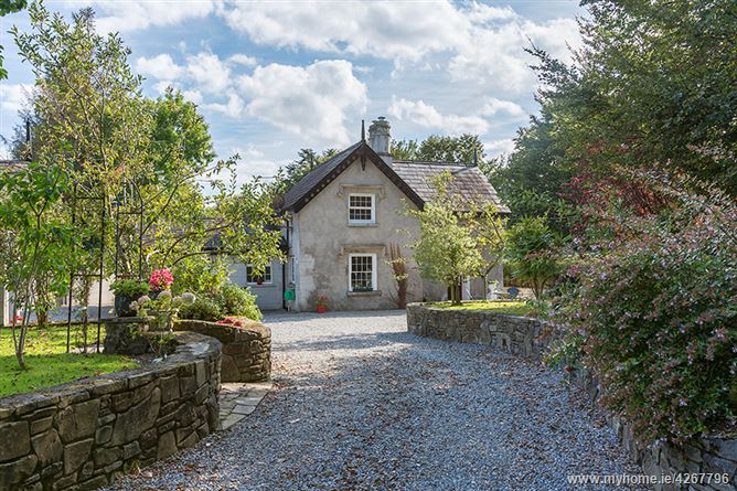 Main image for Dromana Gate Lodge, Villierstown, Waterford