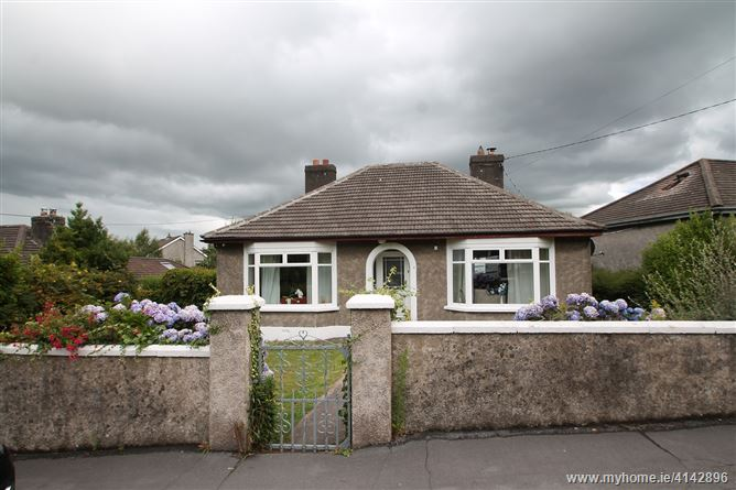Carrig View, 8 Dundanion Road, Beaumont Park, Ballintemple, Cork City