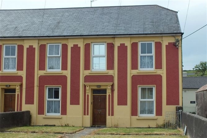 Main image for First Floor Apartment, Victoria Terrace, Townshend Street, Skibbereen, Co Cork