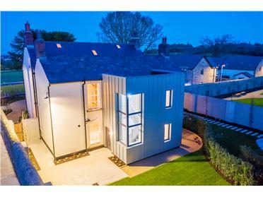 Main image for 2 Rockville House, Glenamuck Road, Carrickmines, Dublin 18