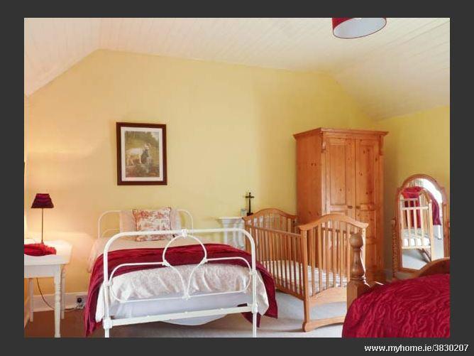 Tralia Farmhouse,Tralia Farmhouse, Firies, Killarney, County Kerry, Ireland